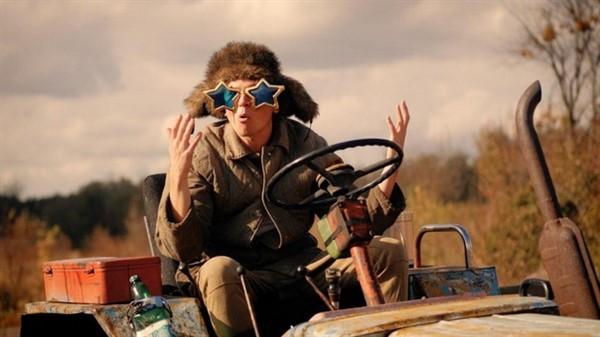 Горловчане сняли клип на песню Евросоюз, куда «за косарь бачей едут консервировать медуз»