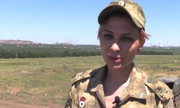 """Боевик из Горловки Корса считает мужчин в армии """"ДНР"""" слабым полом"""