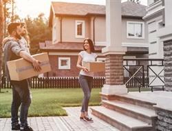 Ипотека для переселенцев от государства под 3%: сколько заплатит украинская семья при оформлении жилья в рассрочку на 20 лет