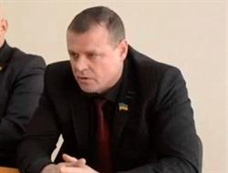 В Горловке подожгли летнюю площадку, принадлежащую депутату ДНР от Горловки Юрию Крикуленко, который сбежал в Россию