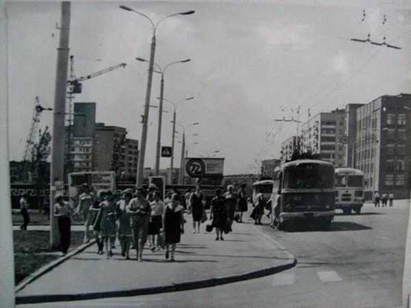 В Горловке 43 года назад появились первые троллейбусы