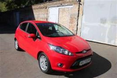 Ford Fiesta - как купить автомобиль и экономить на расходах