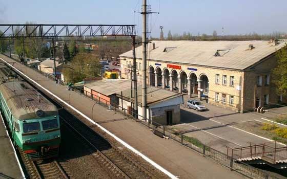 Временно ограничено движение поездов в Горловке, Углегорске, Дебальцево