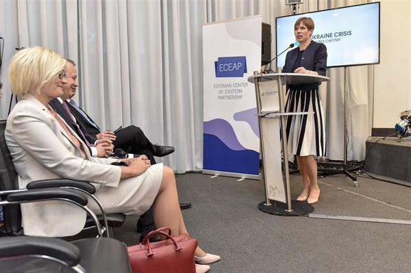 Чем Донецк похож на Нарву и почему президент Эстонии хочет перевезти туда свою администрацию