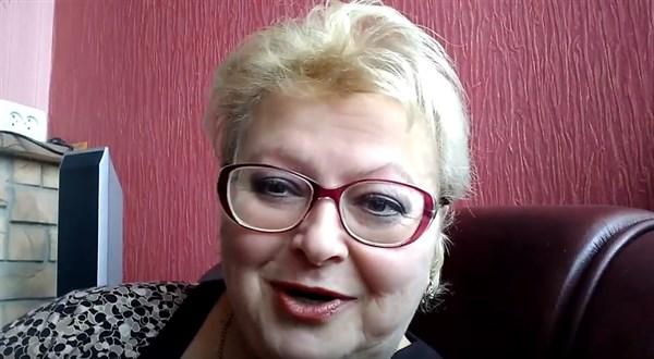Жительнице Горловки отказали в выдаче загранпаспорта на украинской территории. И вот почему