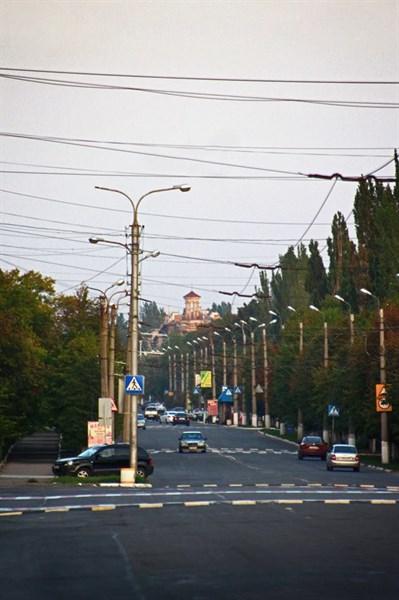 Горловка в зелени: блогер показал город,  утопающий в зеленых красках природы (ФОТОРЕПОРТАЖ)