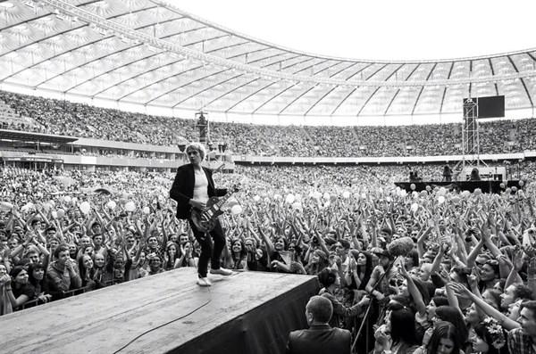 Горловской группе Fontaliza, выступившей на юбилейном концерте «Океана Эльзы»,  рукоплескал весь стадион