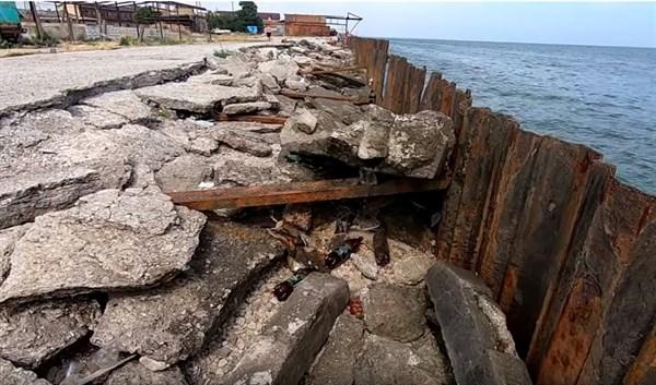 """Как жители """"ДНР"""" тусят на побережье Седово. Посмотрите, что там происходит - это интересно"""