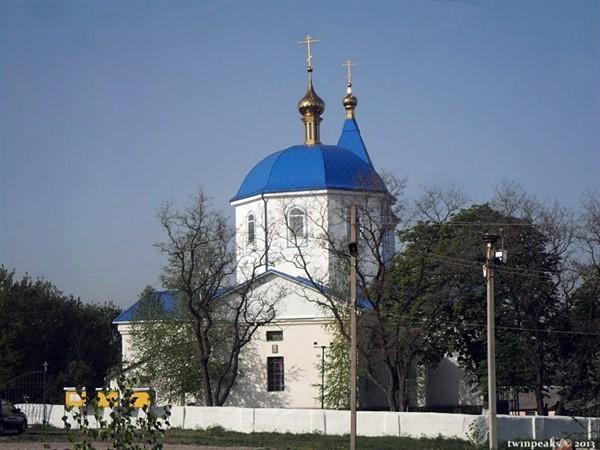 Свято-Вознесенский храм в горловском поселке Байрак: блогер показал самую старую церковь