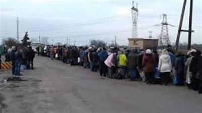 Зеленский предложил разрешить пенсионерам-переселенцам находиться на неподконтрольной территории год, а не 59 дней