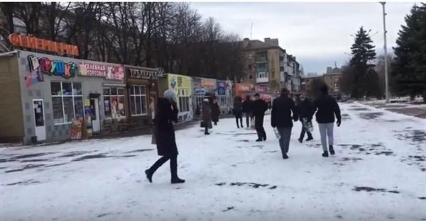 Жительница Горловки показала цены на продукты в магазинах города