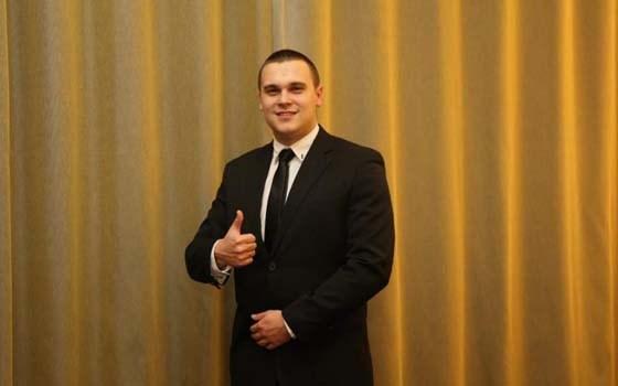 В Москве наградили горловчанина, который спас во время обстрела свою семью, при этом сам получил ранение