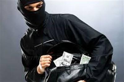 В Горловке сотрудник местного ЖЭКА грабил женщин