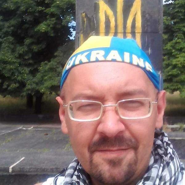 Горловчанин рассказал, как сжег флаг «ДНР» в районе машзавода - возле расположения боевиков Корсы