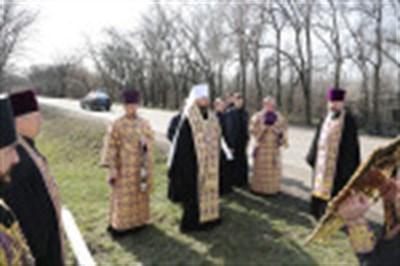 В Горловке митрополит Митрофан помолился о здравии горожан и врачей, борющихся с коронавирусом