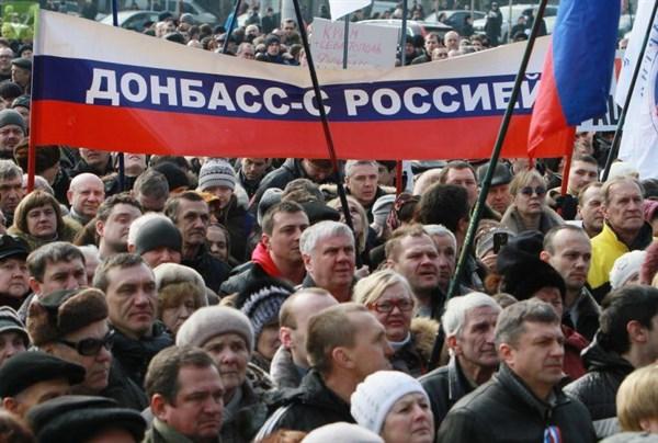 """""""Людям кислород перекрыли, а такие басни чухают, что здесь все хорошо"""", - что думают горловчане о власти от """"ДНР"""