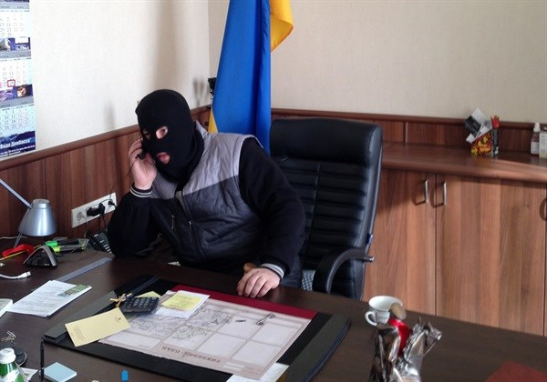 """""""Ополченцы"""" из Горловки называли Путина Владимиром Ильичом и просили его вернуть 15 республик: вспоминаем 9 апреля 2014 года"""