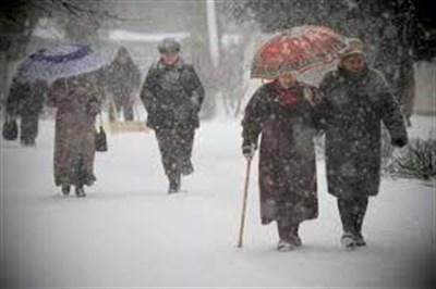 В Горловке можно пожаловаться на неубранную от снега дорогу