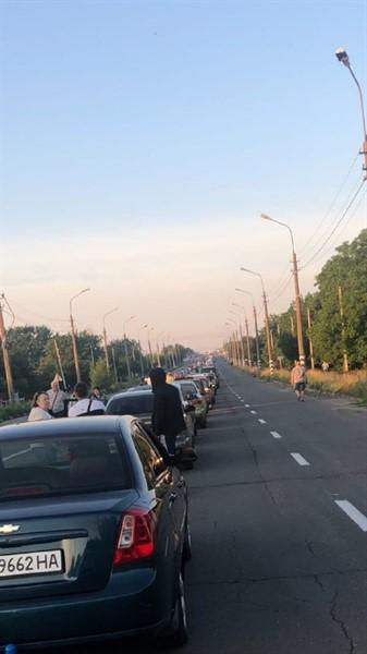 Два дня еду в Украину: люди на пункте пропуска «Еленовка» говорят об издевательствах над ними