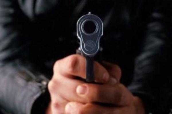 В Горловке ранили начальника Никитовского райотдела милиции и отвезли пленным в здание УВД