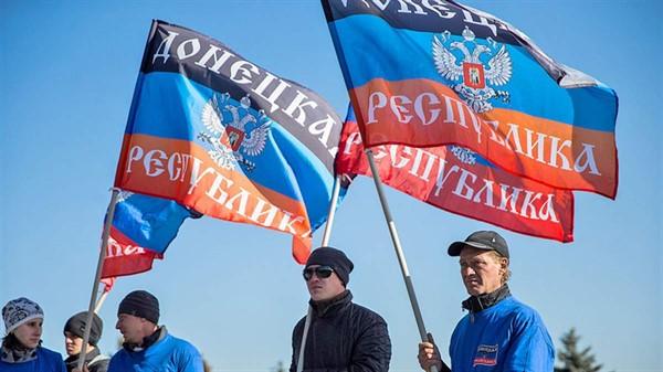 Самопровозглашенные «ДНР» и «ЛНР»  решили торговать друг с другом и снять ограничения передвижения
