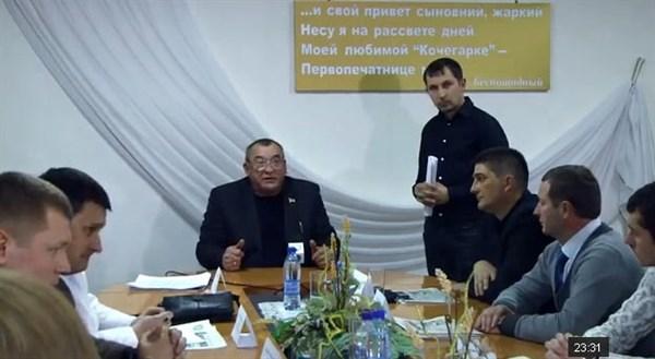 Разноцветная политическая Горловка: в первом заседании дискуссионного клуба «Свобода выбора» участвовали представители всех партий