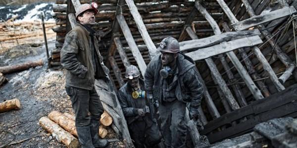 Как уголь из оккупированного Донбасса под видом российского попадает в страны ЕС. Кто главный игрок в этой схеме