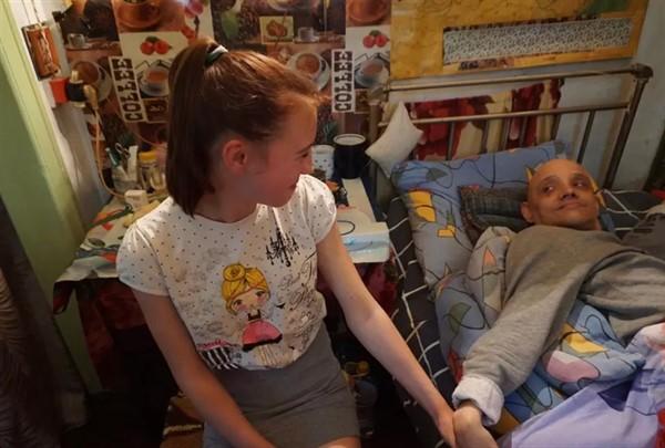 Писал сообщения языком: горловчанин с инвалидностью информировал об обстрелах. Тут его история