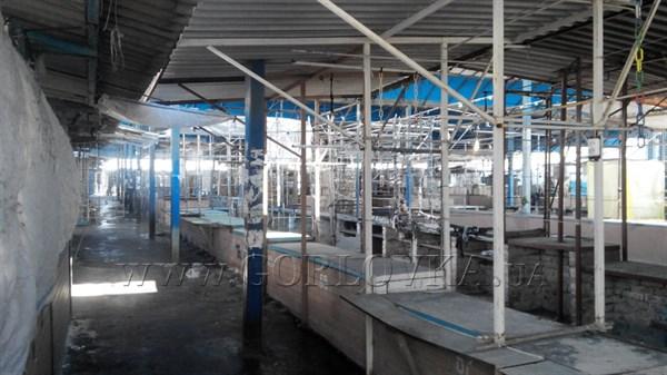 На центральном рынке Горловки опустели торговые ряды (ФОТОФАКТ)
