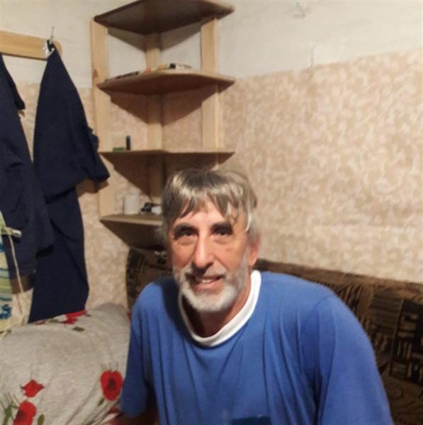 Бывший заместитель мэра Горловки живет под Киевом в подсобке. И у него остался один друг
