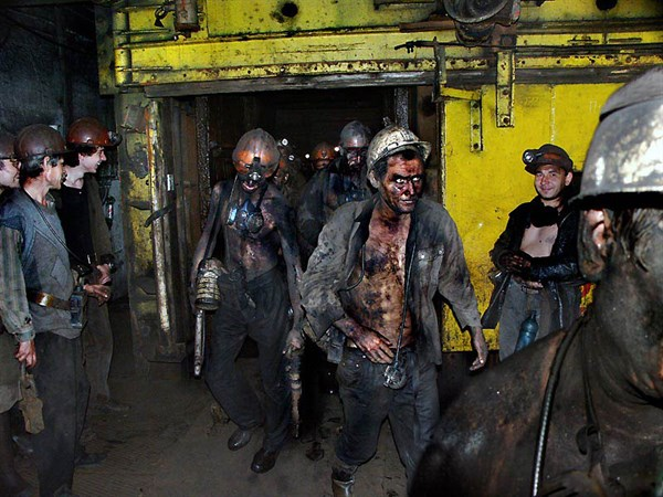 В оккупированной Горловке провели митинг, приуроченный ко дню шахтера. Но уже 5 лет здесь закрыты все шахты