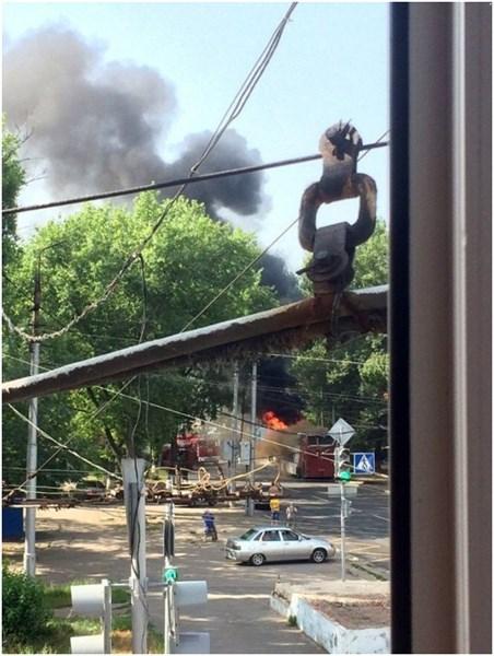 Автобус, следовавший из Горловки в Ростов, загорелся в оккупированной Макеевке