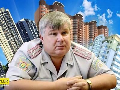 Как экс-начальник милиции Горловки Павел Панасюк пытается удержаться при власти