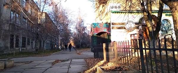 Горловка взаперти: квест-комната, как символ жизни в оккупации. Новое видео из города