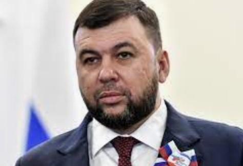 """Главарь """"ДНР"""" признал критическую ситуацию с долгами по зарплате, обвинил  Украину и пообещал перспективы"""
