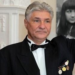 ЛАПШИН   Владимир