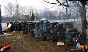 Гражданский блок-пост на въезде в Горловку