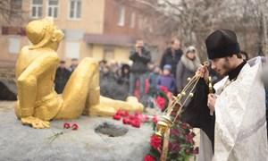 Митинг в Горловке, посвященный 25-й годовщине вывода войск бывшего СССР из Афганистана