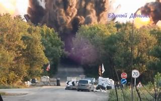 В Интернете появилось видео взрыва моста между Горловкой и Дзержинском